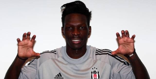Beşiktaş N'Sakala'yı açıkladı