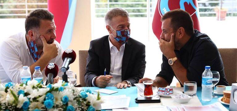 "Ahmet Ağaoğlu: ""2010-11 şampiyonu Trabzonspor'dur"""