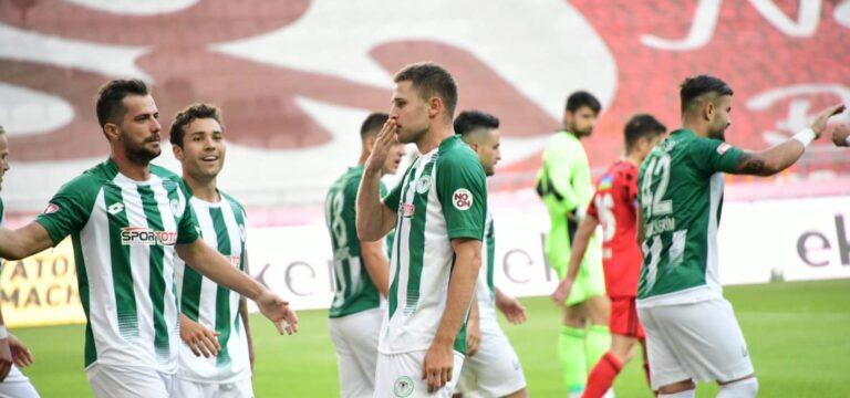 Beşiktaş Konya'da dağıldı (ÖZET)