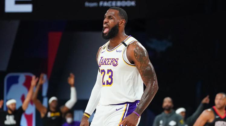 Lakers 10 yıl sonra konferans finalinde