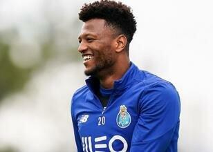 Porto, Ze Luis'i takımda tutuyor