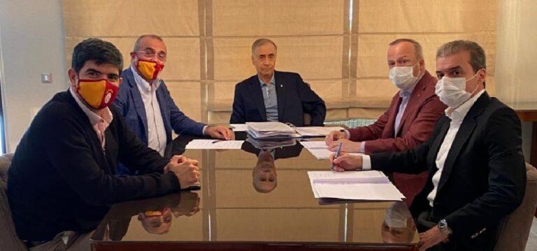 """""""Galatasaray'a karşı kutsal bir savaş açıldı"""""""