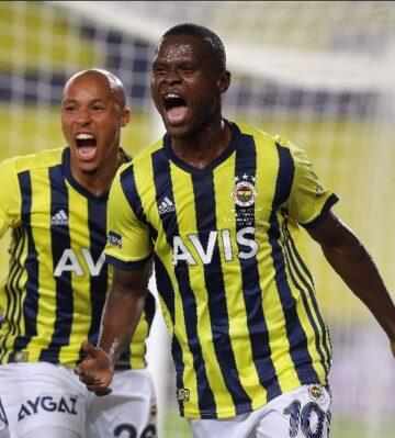 Fenerbahçe'de Samatta aranıyor