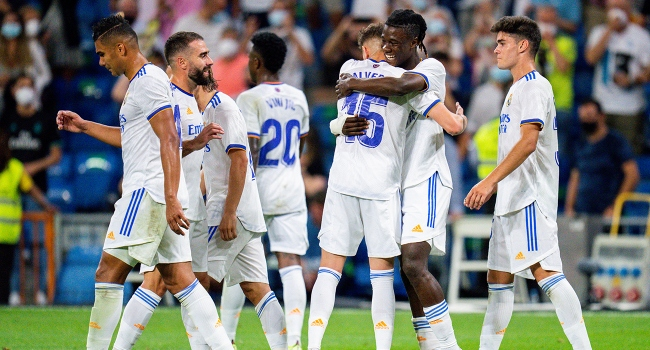 Real Madrid Bernabeu'yu farklı açtı
