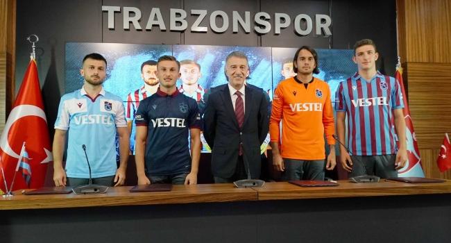 Trabzonspor'da 4 ismin sözleşmesi uzatıldı