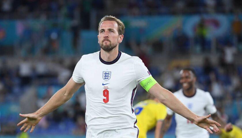 İngiltere şovla yarı finalde
