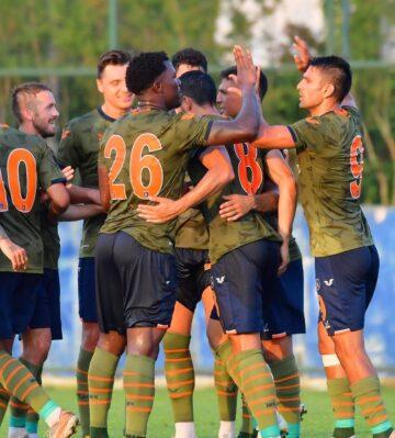 Başakşehir Kasımpaşa'yı 2 golle geçti