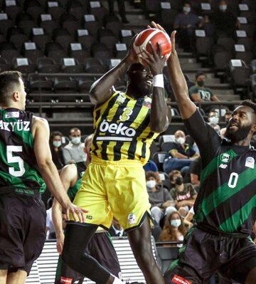 Fenerbahçe Beko da galibiyetle başladı