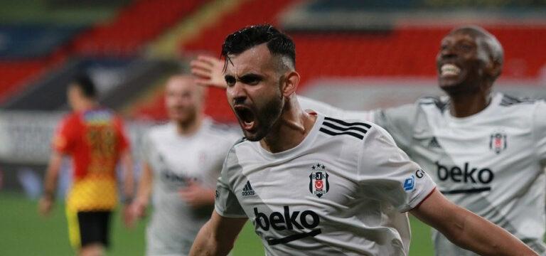 Ghezzal'dan Beşiktaş'a kötü haber