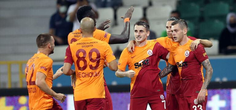 Galatasaray'ın UEFA listesinde 4 eksik
